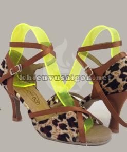 Giày khiêu vũ nữ Xk-03