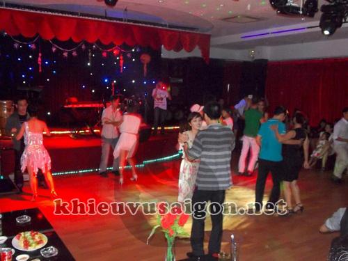 Khiêu vũ Sài Gòn là gì?