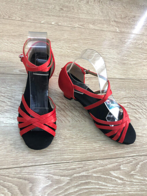 Giày khiêu vũ trẻ em ES182
