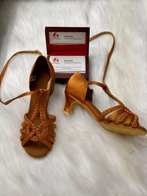 Giày khiêu vũ cao cấp XS-010