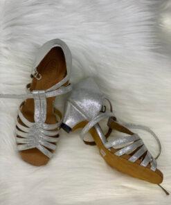 Giày khiêu vũ trẻ em ET004